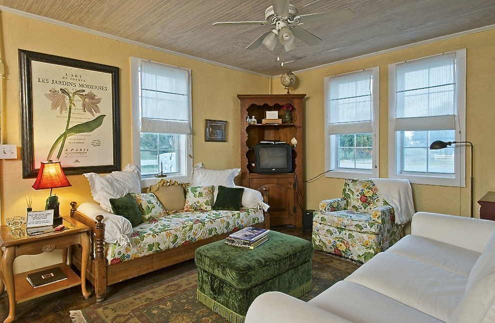 Chapel View Cottage living room